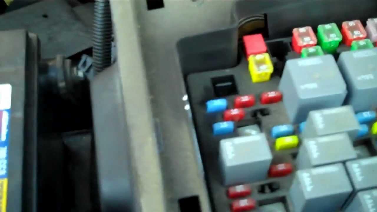 Chevrolet Silverado Problem , Trailer Running Lights Would Not Work - 2006 Chevy Silverado Tail Light Wiring Diagram