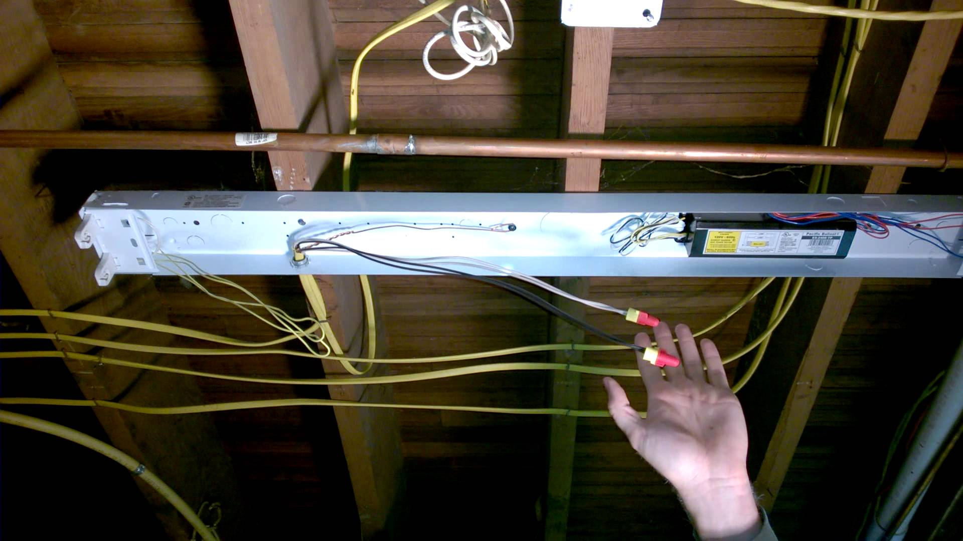How To Convert Fluorescent Lighting To Led Mesmerizing How To Wire - Convert Fluorescent To Led Wiring Diagram