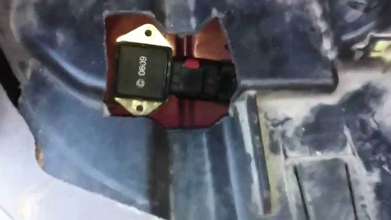 Replacing The Fan Relay On 00 - 03 Jeep Grand Cherokee - Youtube - 2002 Jeep Grand Cherokee Cooling Fan Wiring Diagram